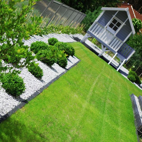 Ogród promieniejący zielenią