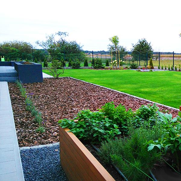 Ogród z donicami